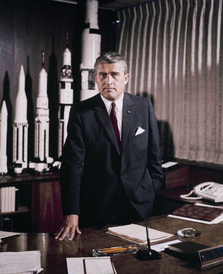 Wernher von Braun Wernher von Braun Wikipedia the free encyclopedia