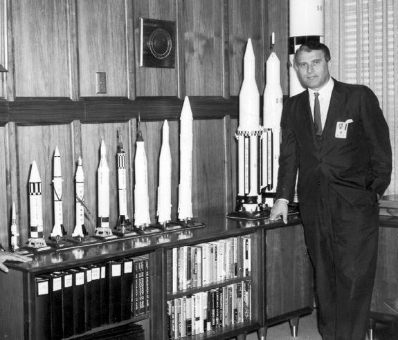 Wernher von Braun vonbraunrocketsjpg1362697494interpolationlanczosnoneampdownsize640