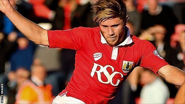Wes Burns BBC Sport Wes Burns Oxford United sign Bristol City