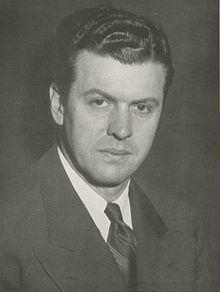 Wes Fesler httpsuploadwikimediaorgwikipediacommonsthu