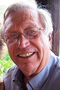 Wes Jackson httpsuploadwikimediaorgwikipediacommonsthu