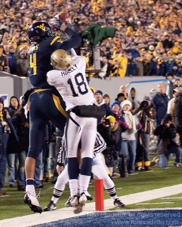 Wes Lyons WVU wide receiver Wes Lyons Ron Pradetto Photography