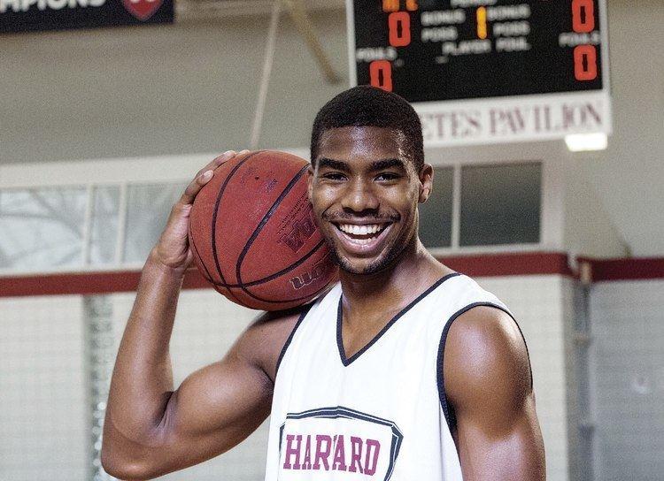 Wesley Saunders Wesley Saunders of Harvard is the Ivy League39s best