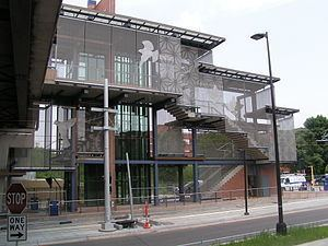 West Bank (Metro Transit station) httpsuploadwikimediaorgwikipediacommonsthu