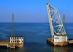 West Bay (Texas) httpsuploadwikimediaorgwikipediacommonsthu