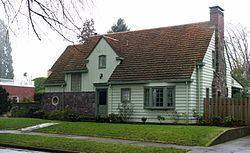 West Coast Woods Model Home httpsuploadwikimediaorgwikipediacommonsthu