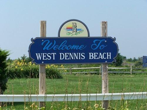 West Dennis, Massachusetts summerpinescottagecapecodweeblycomuploads165