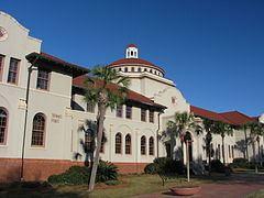 West Hall (Valdosta State University) httpsuploadwikimediaorgwikipediacommonsthu