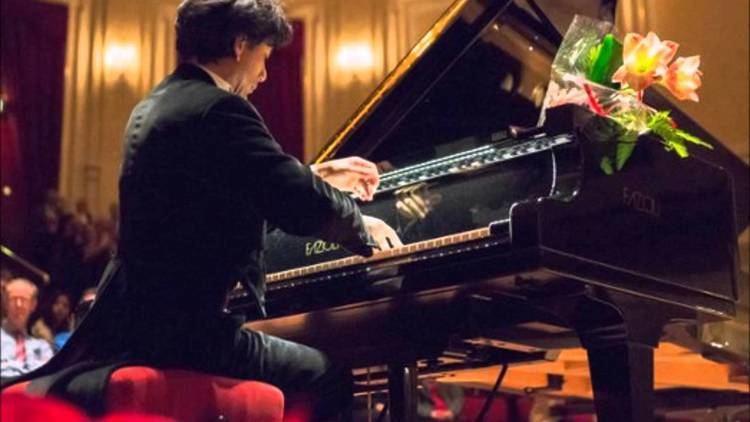 Wibi Soerjadi Wibi Soerjadi Chopin piano concerto no1 op11 complete YouTube