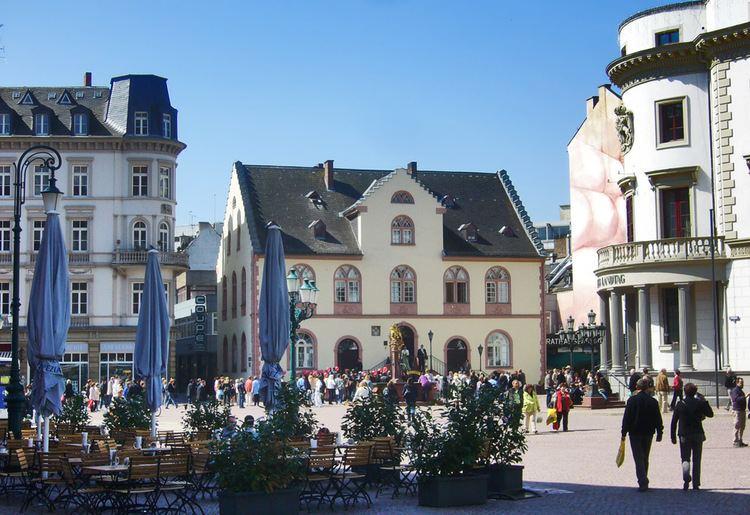 Wiesbaden in the past, History of Wiesbaden