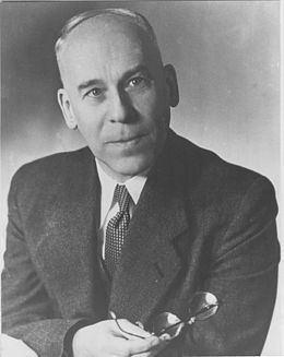 Wilhelm Hanle httpsuploadwikimediaorgwikipediacommonsthu