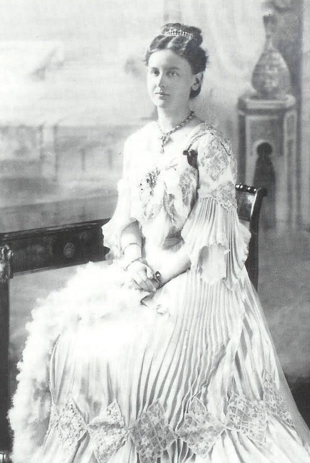 Wilhelmina of the Netherlands 1903 Queen Wilhelmina of the Netherlands Grand Ladies gogm