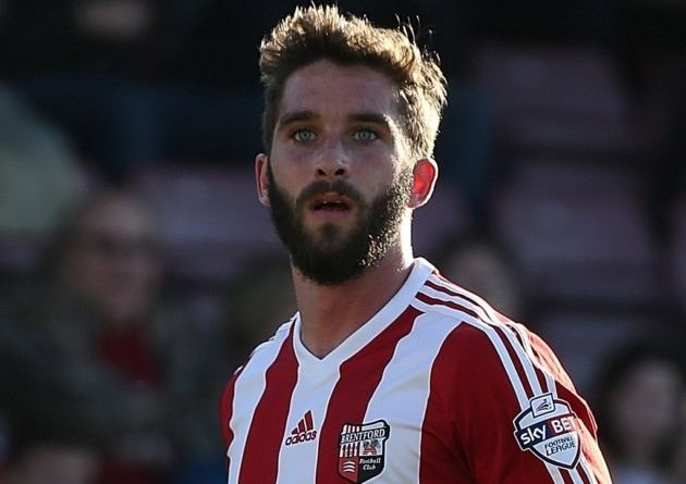 Will Grigg Brentford eye top striker after allowing Will Grigg to