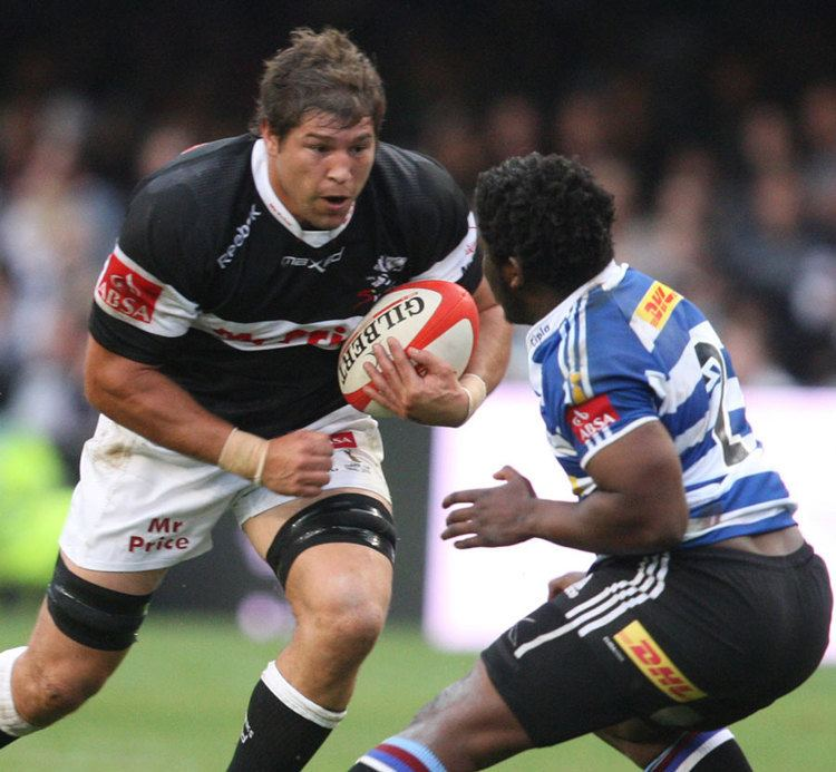 Willem Alberts The Sharks39 Willem Alberts goes on the attack Rugby