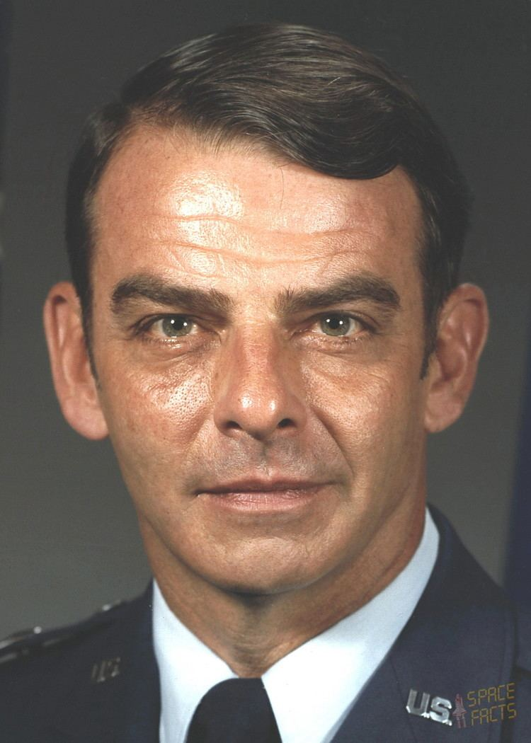 William J. Campbell (general) Biographies of Astronaut and Cosmonaut Candidates William J Campbell