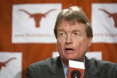 William Powers, Jr. Texas president says stable Big 12 is his goal revenue
