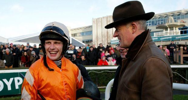 Willie Mullins Twinlight shines for Willie Mullins at Leopardstown