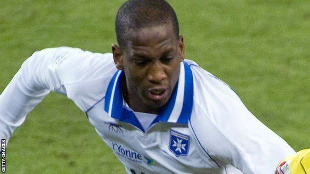 Willy Boly BBC Sport Celtic Willy Boly and Markus Henriksen in