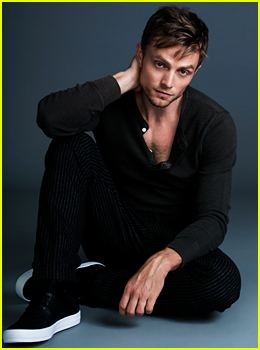 Wilson Bethel Hart of Dixies Wilson Bethel Shows Us His Heart for JJ Spotlight