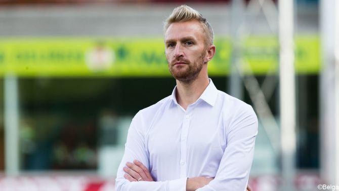 Wim De Decker Wim De Decker traint Antwerp tegen OHL en misschien langer