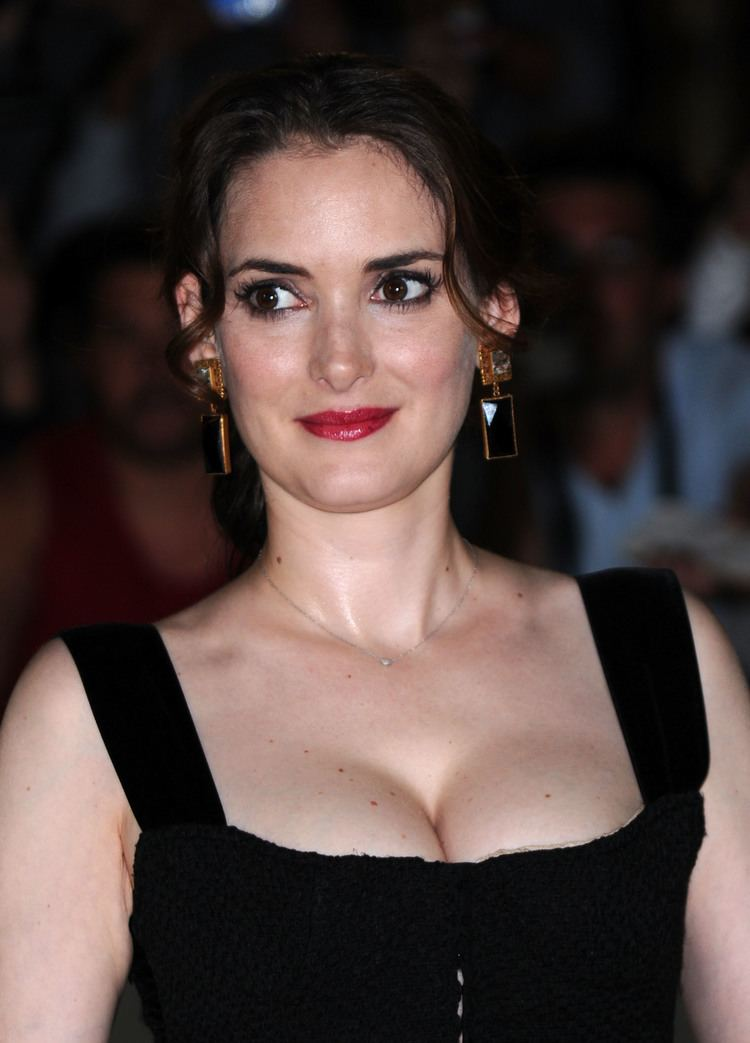 Winona Ryder Winona Ryder Marriages Weddings Engagements Divorces