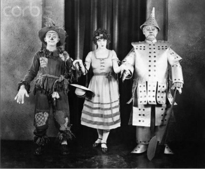 Wizard of Oz (1925 film) movie scenes Dorothy Dwan Wizard of Oz 1925
