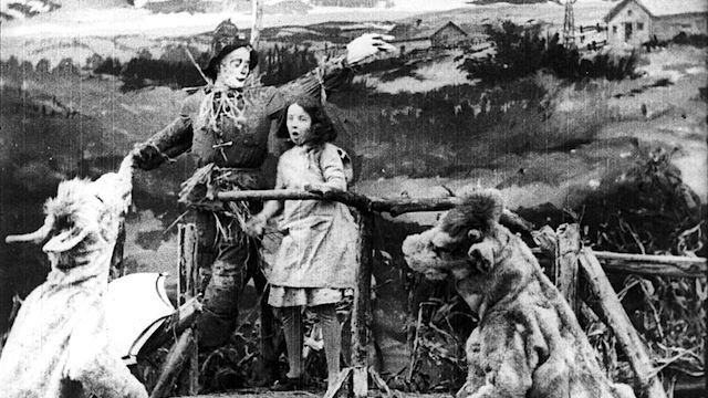Wizard of Oz (1925 film) movie scenes In 1910 the Selig Polyscope Company released four shorts based on Baum s early full length fantasy works The Wonderful Wizard of Oz The Land of Oz