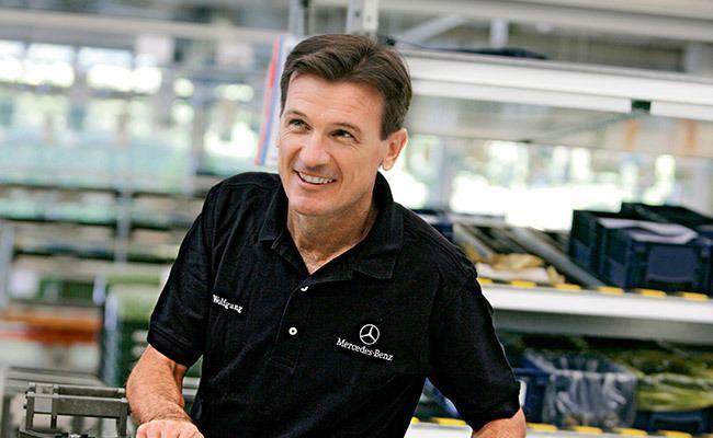 Wolfgang Bernhard Board of Management Daimler gt Annual Report 2012