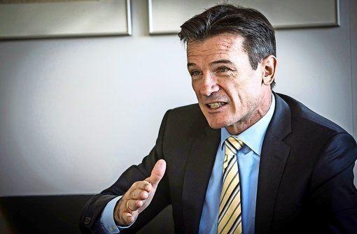 Wolfgang Bernhard Interview mit Wolfgang Bernhard Gegenwind fr LkwSparte