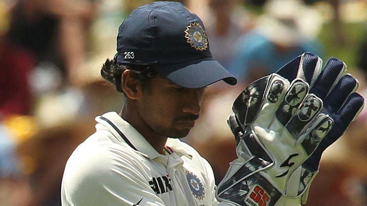 Match Point Australia v India 4th Test Sydney 4th day Is Saha