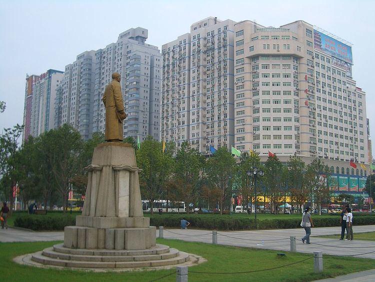 Wuchang District httpsuploadwikimediaorgwikipediacommonsthu
