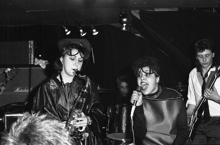 X-Ray Spex xray spex official site poly styrenes biography