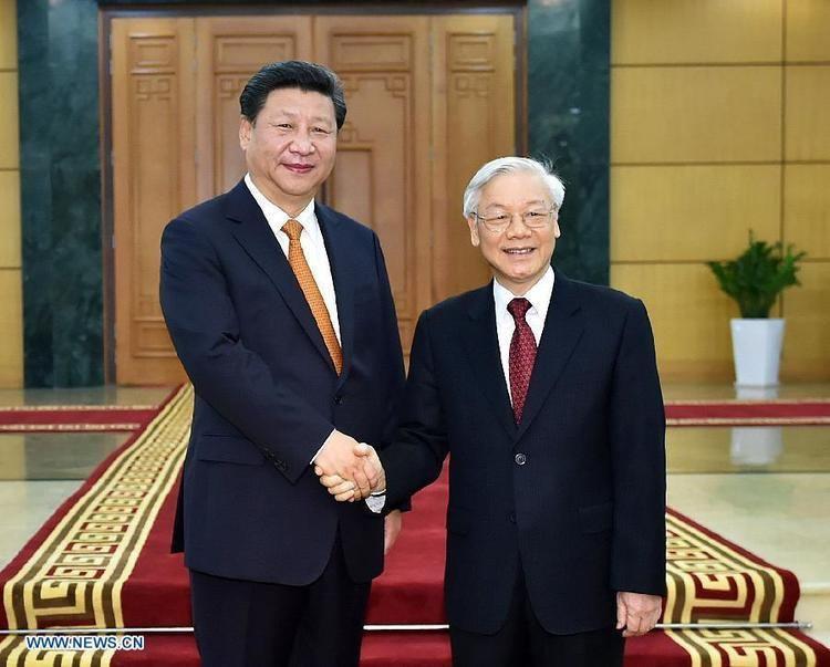 Xi Jinping Xi Jinping talks with CPV General Secretary CCTV News CCTVcom