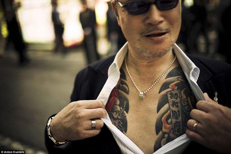 Yakuza Anton Kusters photos show inside Japans yakuza crime underworld