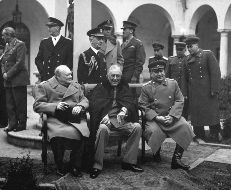 Yalta Conference FileYalta Conference Churchill Roosevelt Stalin BWjpg