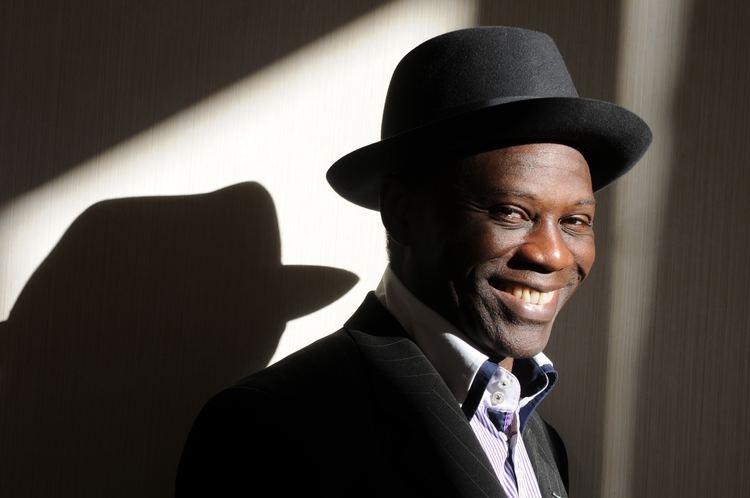 Yambo Ouologuem Lengunga la pemba iwuba la kir Le blog d39Obamb