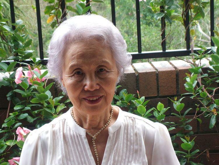 Yang Hi Choe-Wall