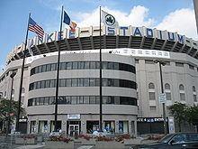 Yankee Stadium (1923) httpsuploadwikimediaorgwikipediacommonsthu