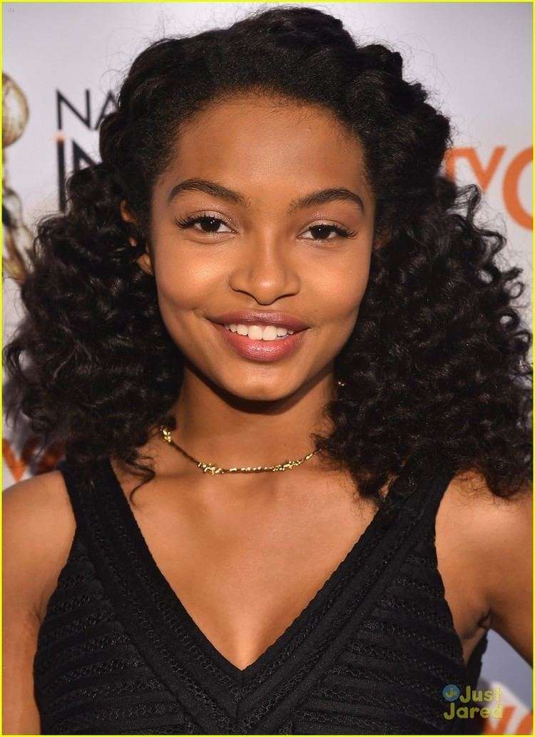 Yara Shahidi Yara Shahidi Wins Outstanding Supporting Actress At NAACP Image