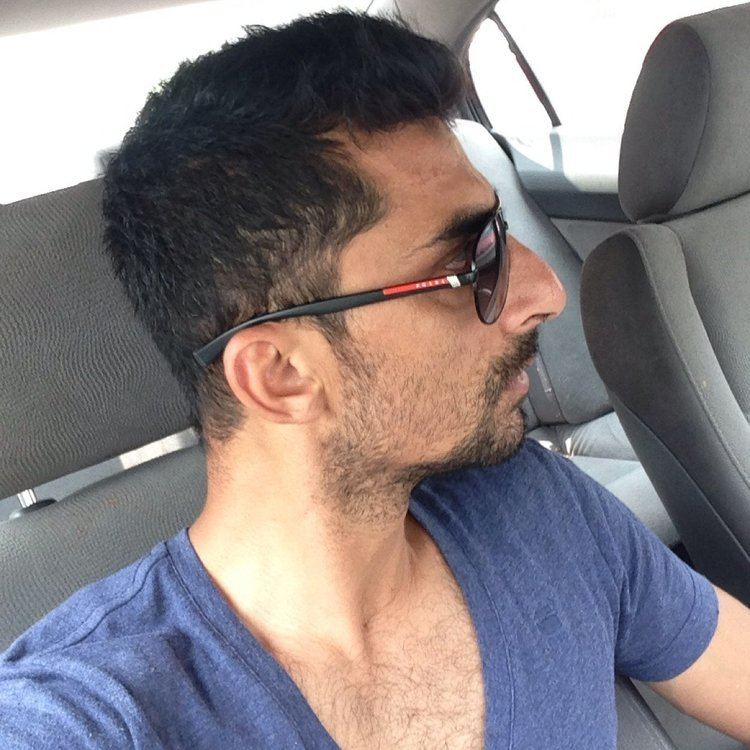 Yasir Hameed fans YasirHameedQ Twitter