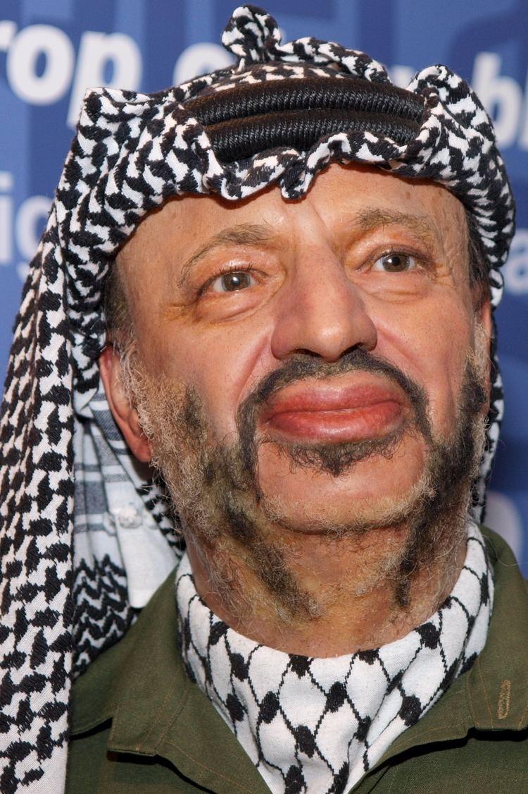 Yasser Arafat httpsuploadwikimediaorgwikipediacommonsaa