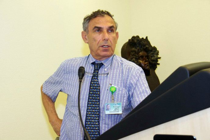 Yehuda Shoenfeld Using parasites to fight autoimmune diseases ISRAEL21c