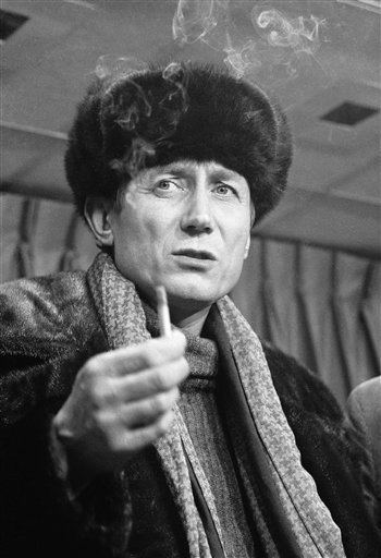 Yevgeny Yevtushenko Yevgeny Yevtushenko Biography Yevgeny Yevtushenko39s