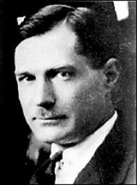 Yevgeny Zamyatin httpsuploadwikimediaorgwikipediaenbbeYev