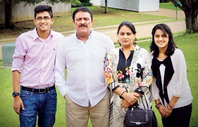 Yograj Singh Family photo