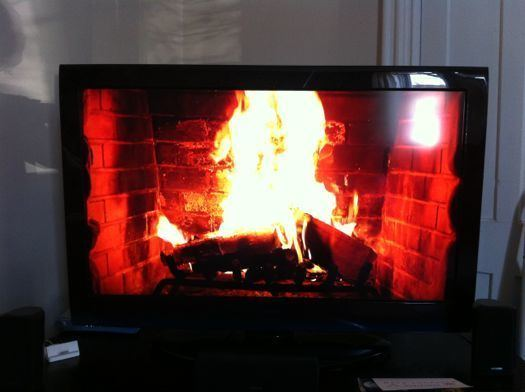 Yule Log (TV program) The Time Warner Cable Yule Log now in 3D All Over Albany