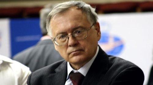 Yuri Razuvaev wwwchessdomcomwpcontentuploads201203YuriR