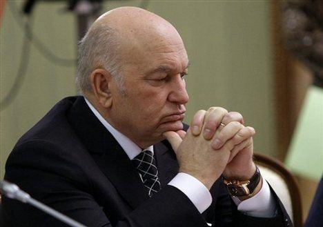 Yury Luzhkov Medvedev Fires Moscow Mayor Luzhkov After Conflict