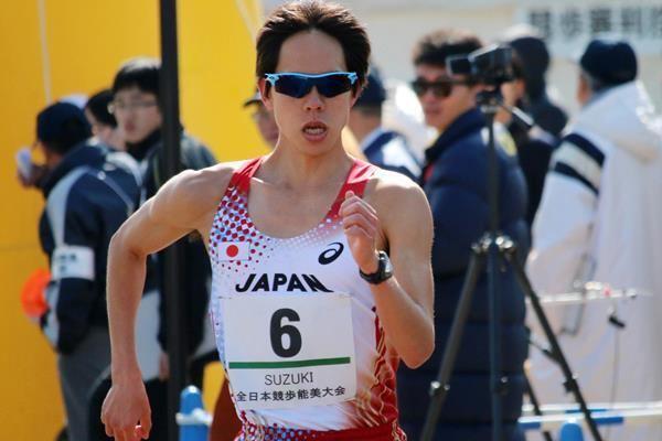Yusuke Suzuki (racewalker) Suzuki breaks 20km race walk world record News iaaforg