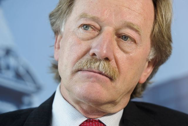 Yves Mersch Luxembourg39s Mersch Appointed to ECB SixMember Executive